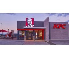 Сеть ресторанов KFC ищет сотрудников ресторана.